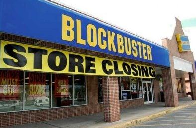 Fechamento de lojas da Blockbuster marca o fim de uma era