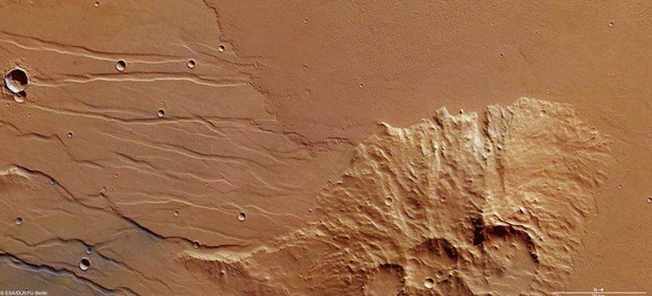 ESA registra fluxo de lava antiga em Marte