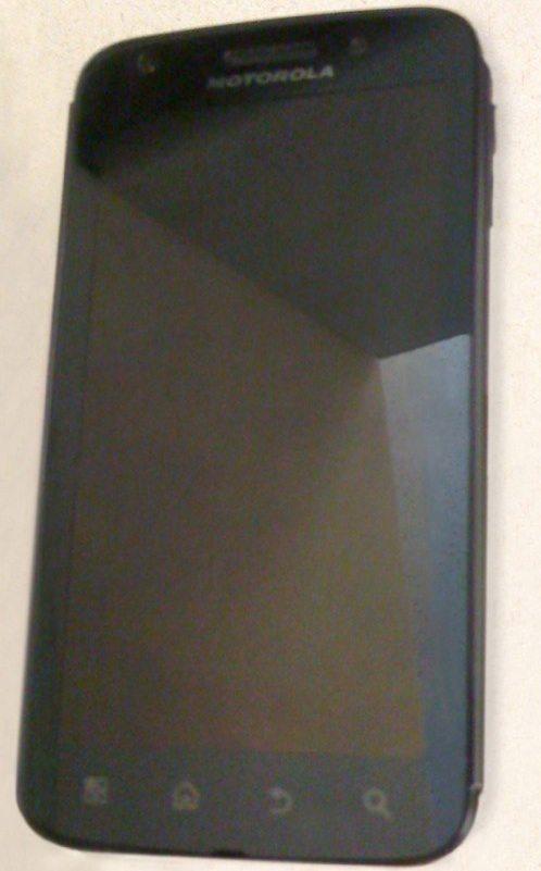 Vazou: imagens do novo Morotola Olympus (smartphone Dual Core!)