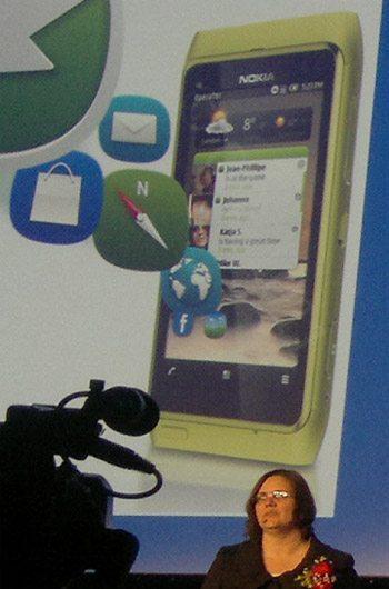 Nokia N8: Nova interface Symbian terá barra de notificações e widgets otimizados