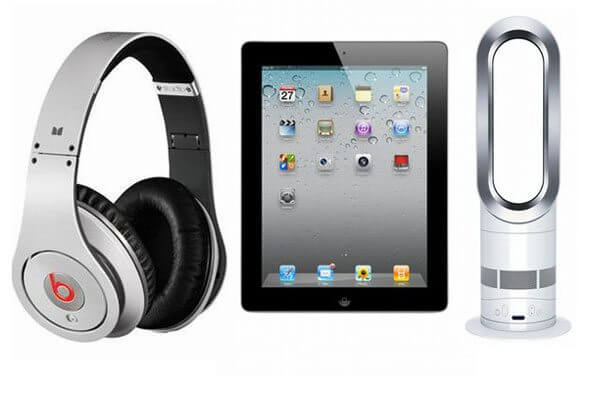 Top 10 Tech Christmas Treats for Men