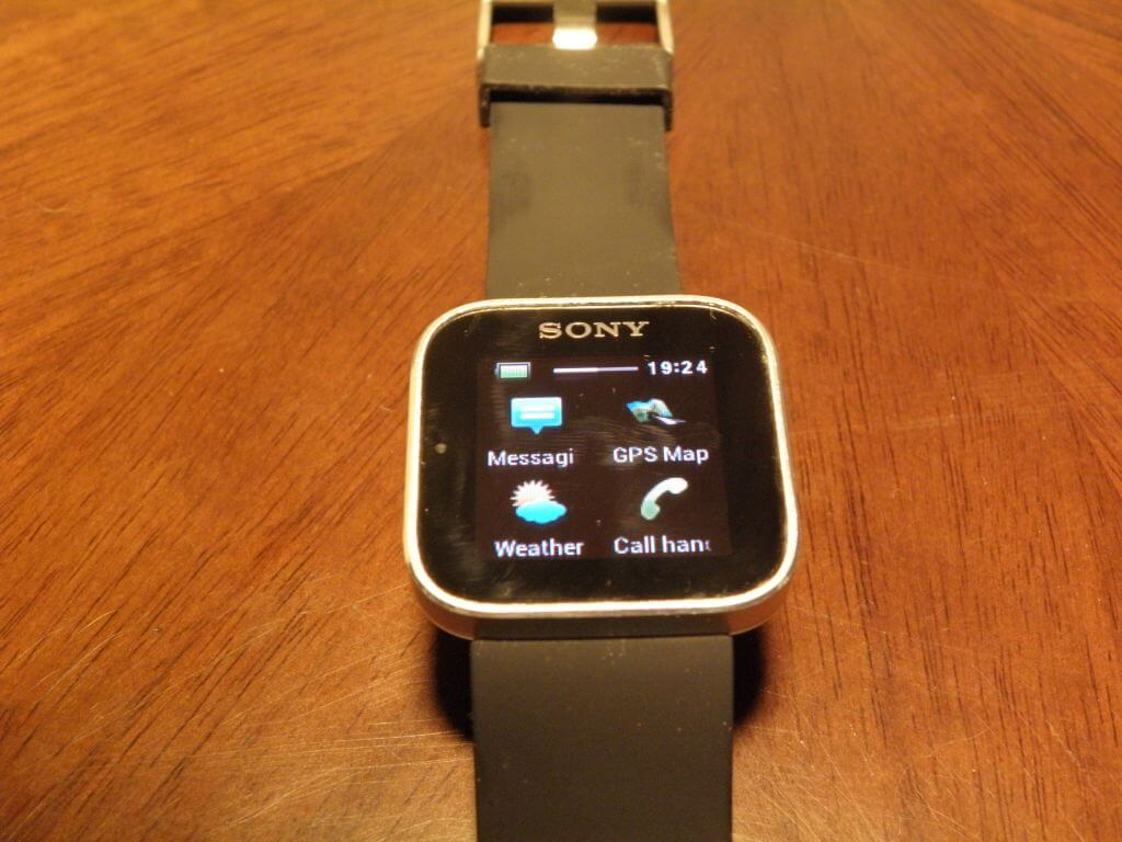 P3240262a - Review: Sony Smartwatch