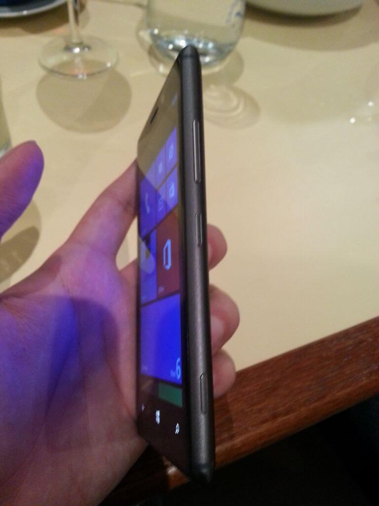 2013 05 16 21.15.51 - Hands-On: Nokia Lumia 925