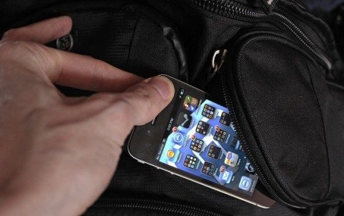 protect iphone theft assalto smartphone