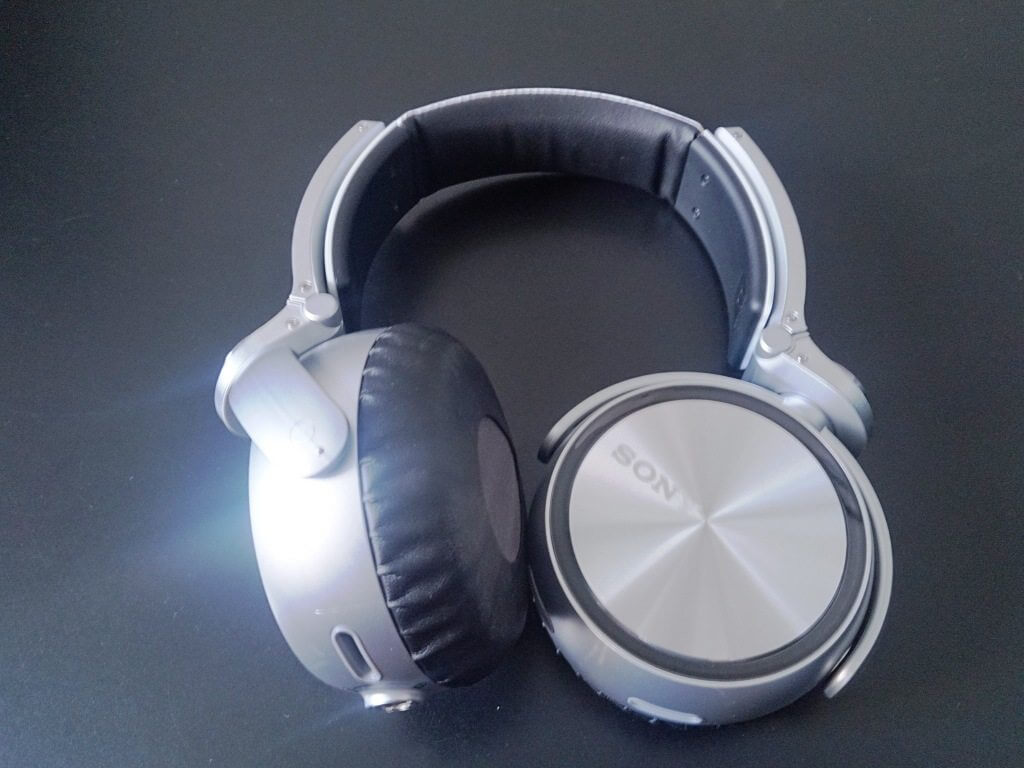 2013 08 16 14.05.05 - Review - Headphone Sony MDR-XB920