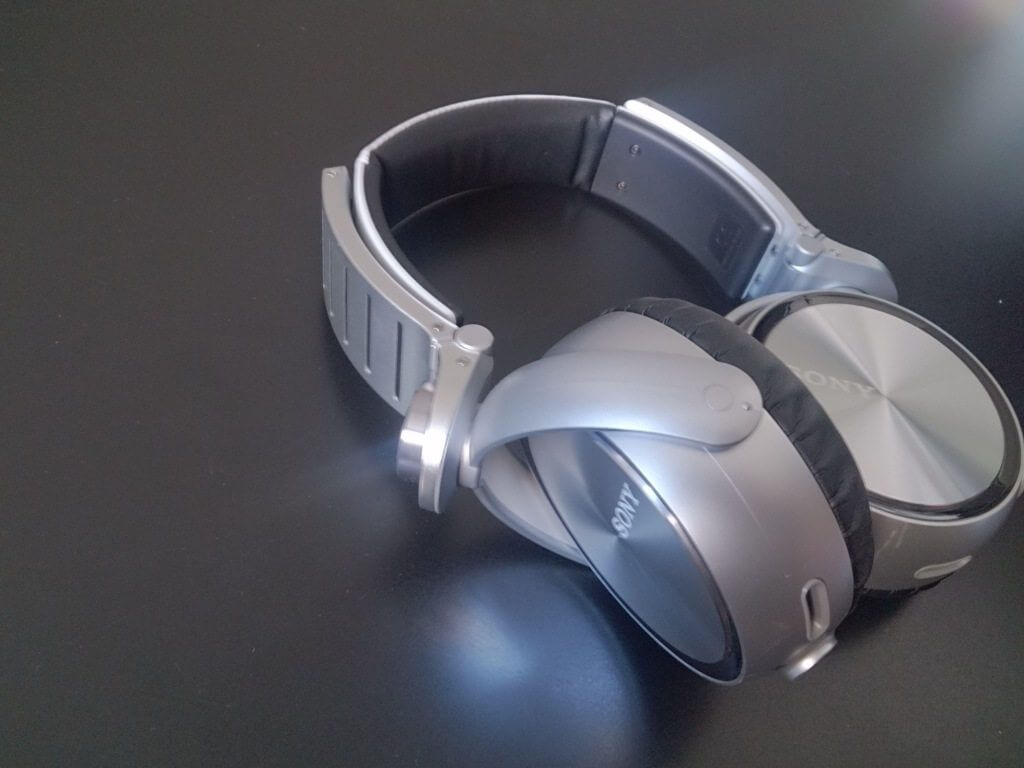 2013 08 16 14.05.17 - Review - Headphone Sony MDR-XB920