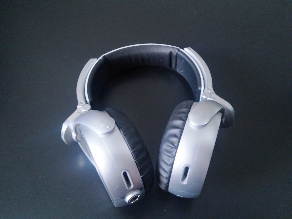 2013 08 16 14.05.47 - Review - Headphone Sony MDR-XB920