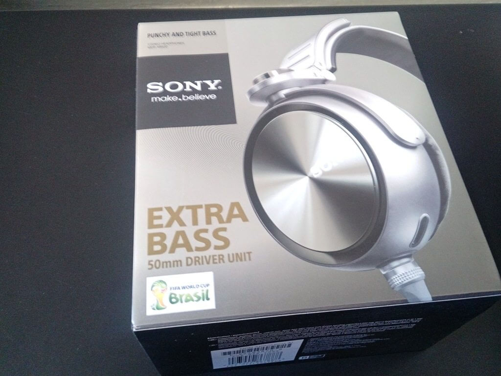 2013 08 16 14.07.21 - Review - Headphone Sony MDR-XB920