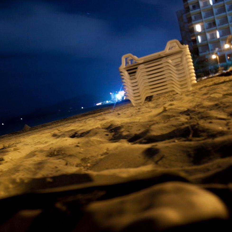 Praia onde os jovens foram roubadas em ibiza, espanha / reprodução