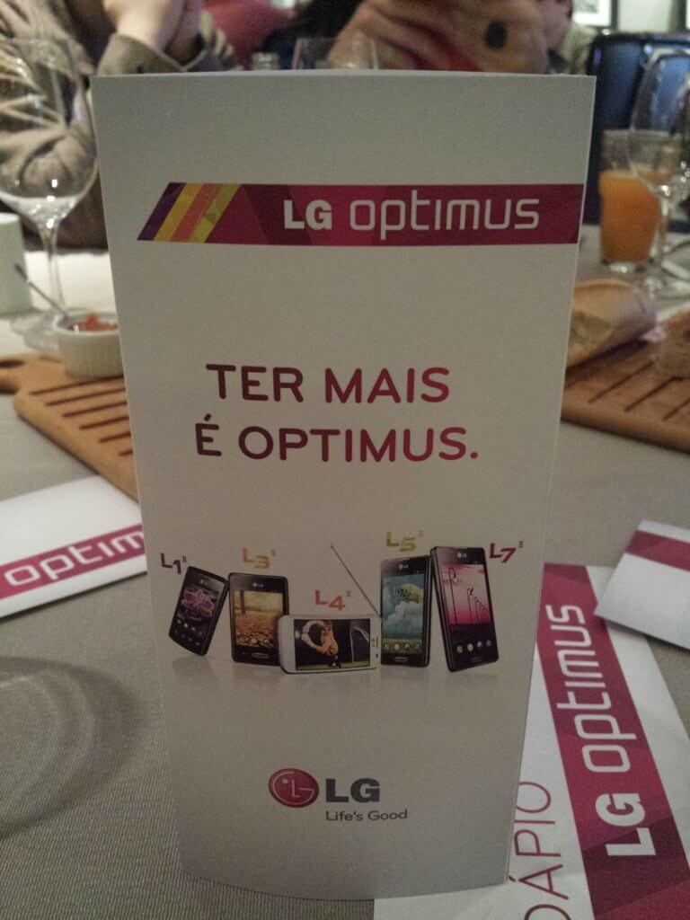 LG lança linha de smartphones Optimus LII