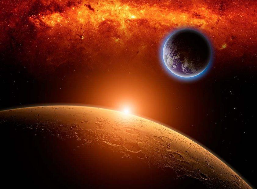Marte poderá ser visto a olho nu nesta noite / shutterstock/arquivo