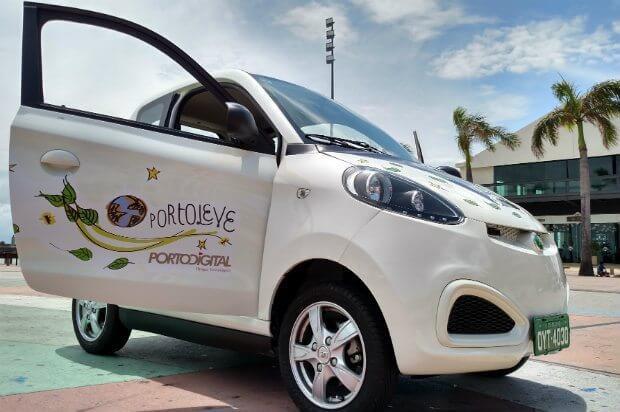 Recife inaugura primeiro sistema de compartilhamento de carros elétricos brasileiro