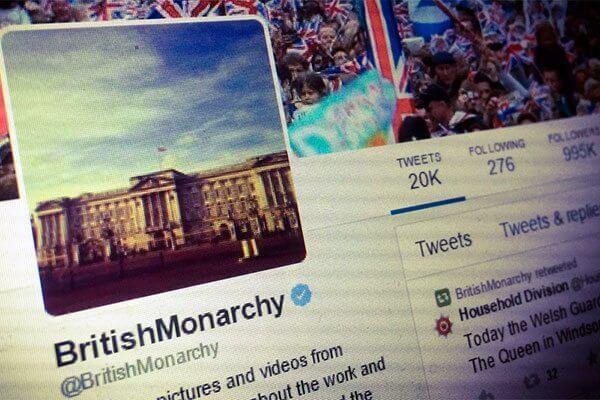 Como acompanhar a familia real britanica no twitter 1