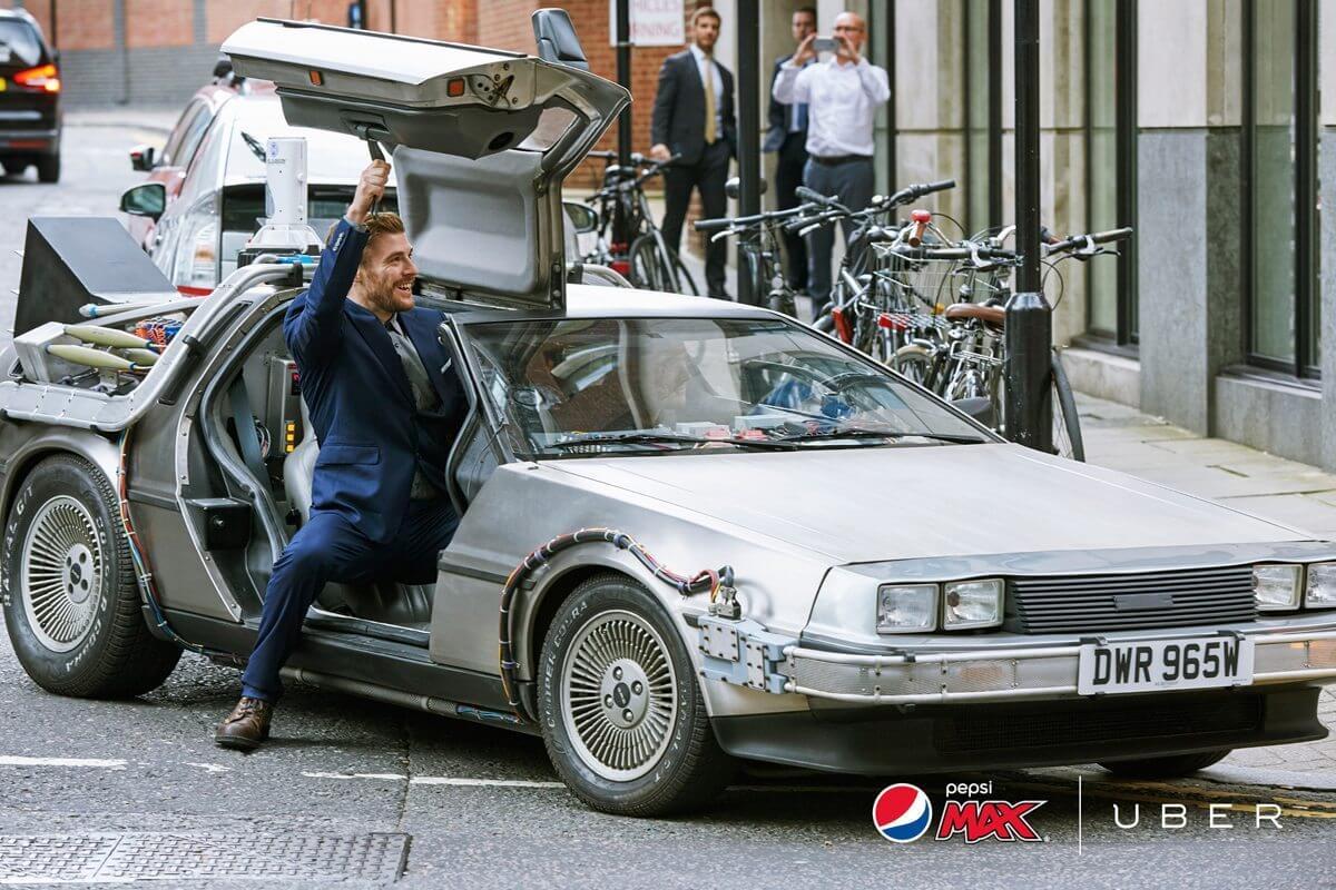 """pepsi max stills2 - Grandes marcas comemoram o """"Back to the Future day"""""""