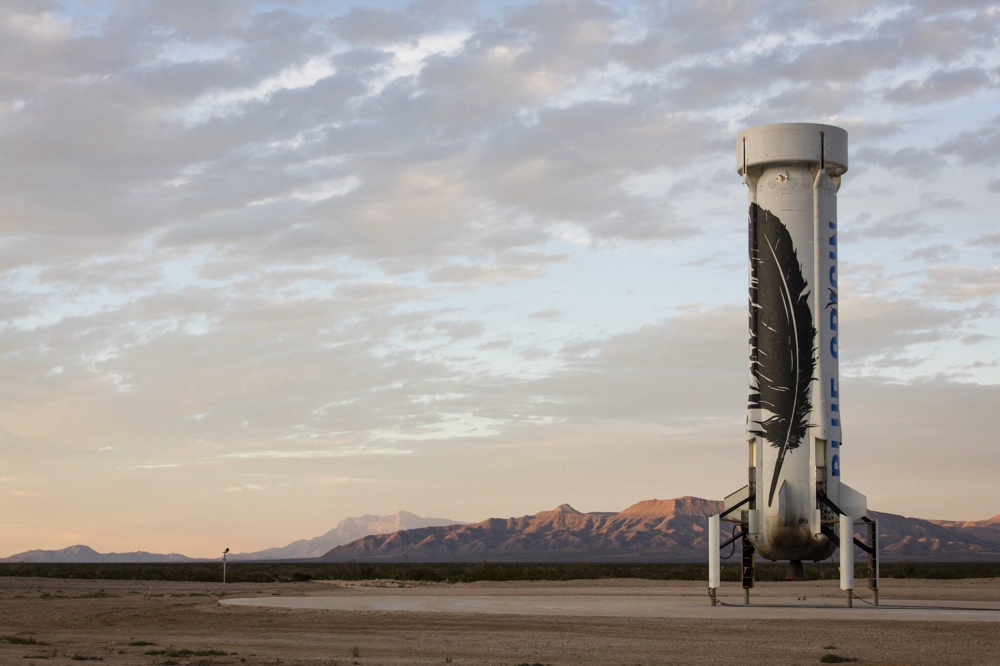 Foguete de Jeff Bezos sai na frente na batalha da Corrida Espacial do século XXI