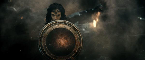 Batman v superman image 38 600x249
