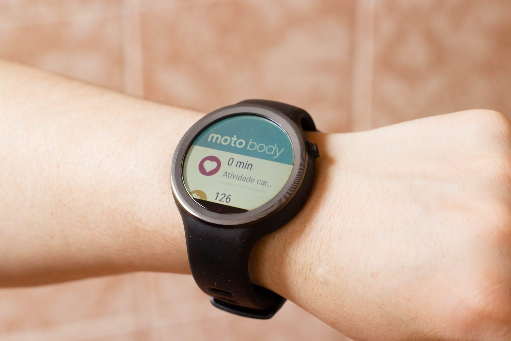 moto 360 sport 10 - Review: Moto 360 Sport, um smartwatch independente do seu celular