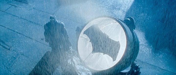 """""""Batman vs Superman"""" se torna a maior abertura de todos os tempos no Brasil"""