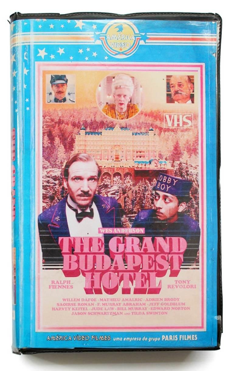 De volta para o passado: Cinéfilo adapta lançamentos do cinema em VHS 7