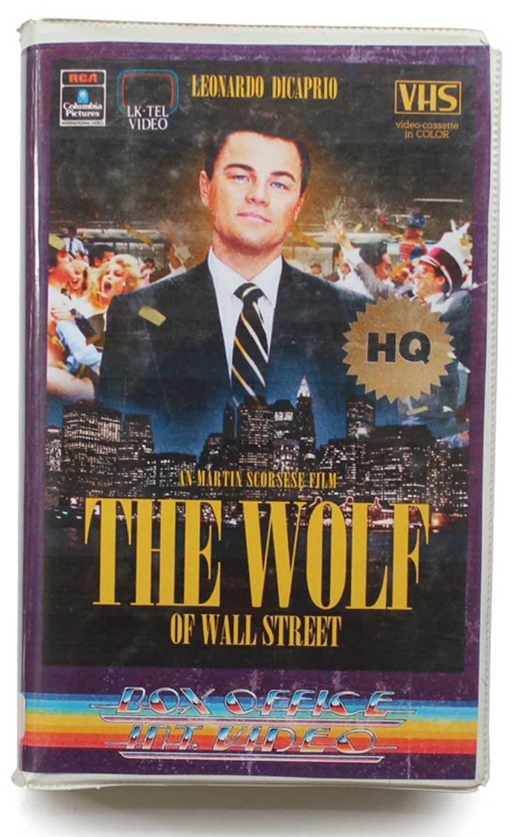 De volta para o passado: Cinéfilo adapta lançamentos do cinema em VHS 10