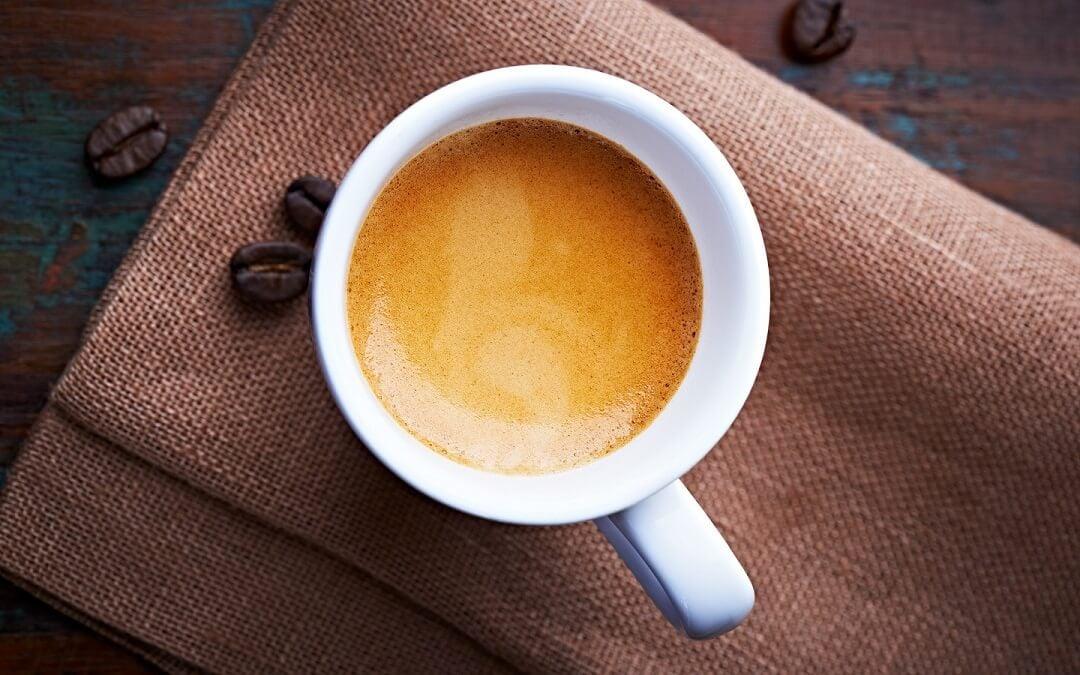 Hora do café: nespresso, dolce gusto ou tres (3corações)?. Qual é a melhor máquina de café à venda no brasil? Confira o resultado neste comparativo completo