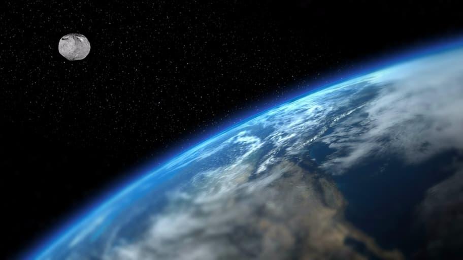 "NASA anuncia ter encontrado uma ""mini Lua"" na órbita terrestre"