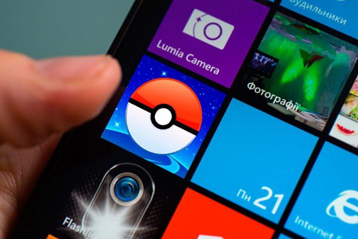 windows phone pokemon go shutterstock 402303523