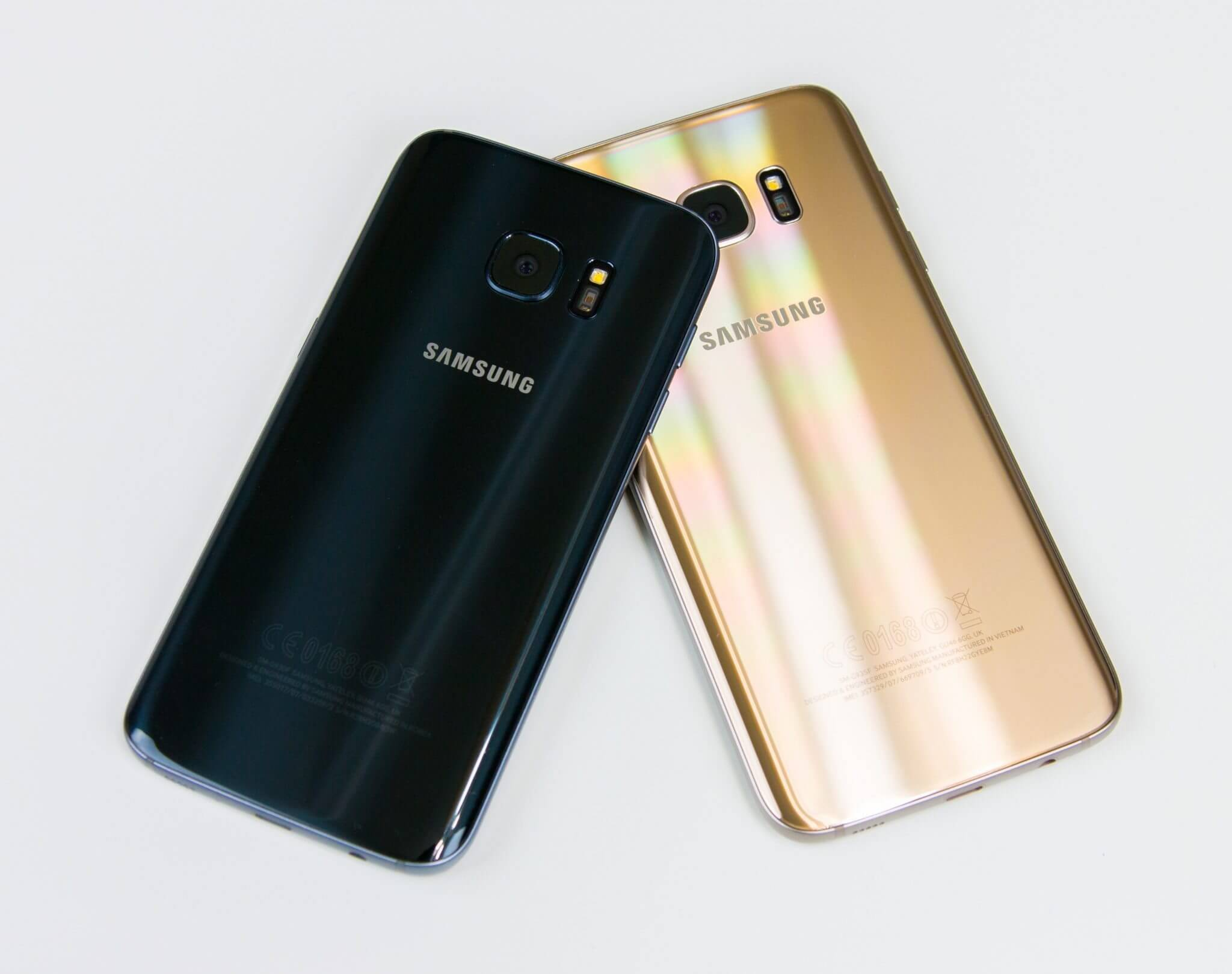 Samsung Galaxy S7 vs S7 Edge 11