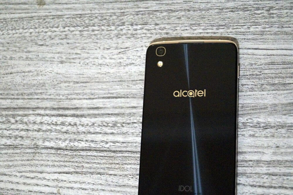 Review: Alcatel Idol 4
