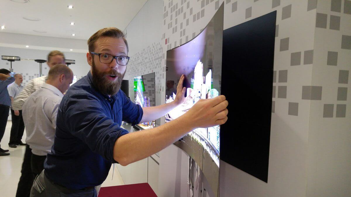 LG Wallpaper OLED TV W CES 2017