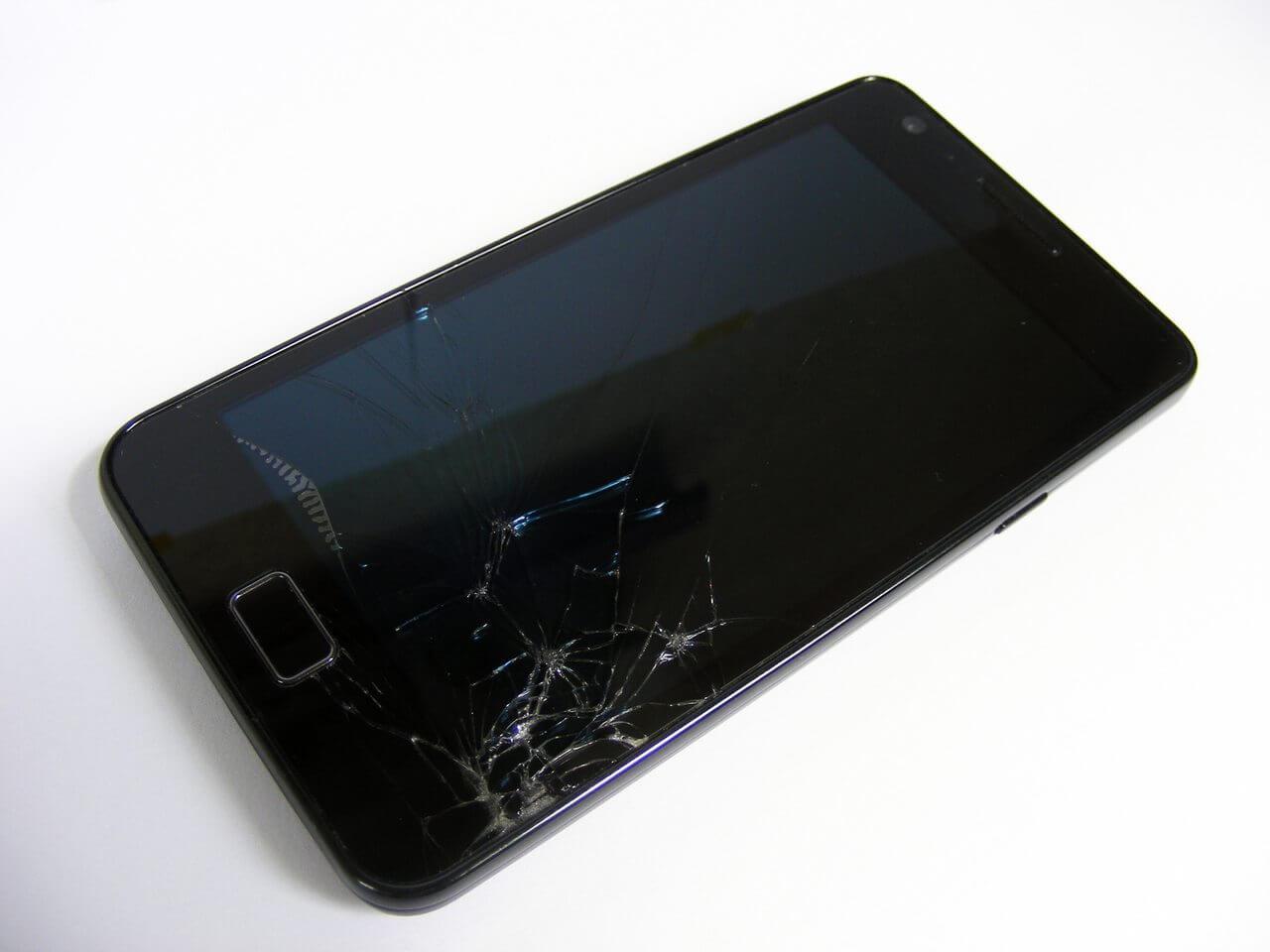 broken phone 1241554 1280x960