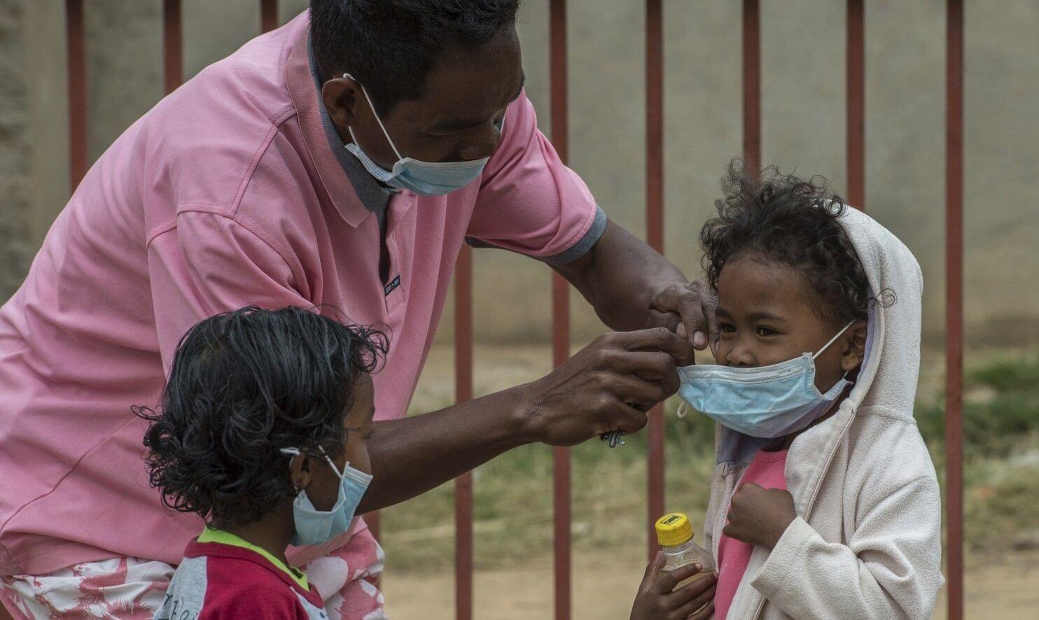 Madagascar Plague 85416 74b8f