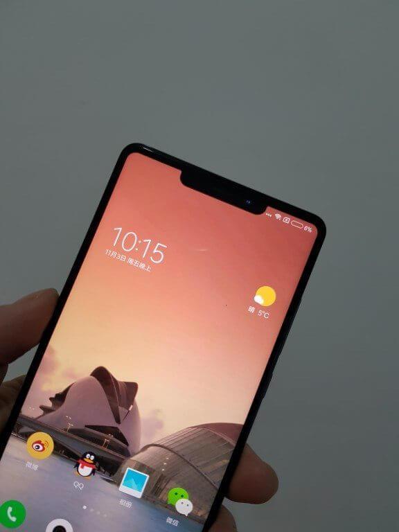 Xiaomi nega que irá lançar um smartphone similar ao iPhone X