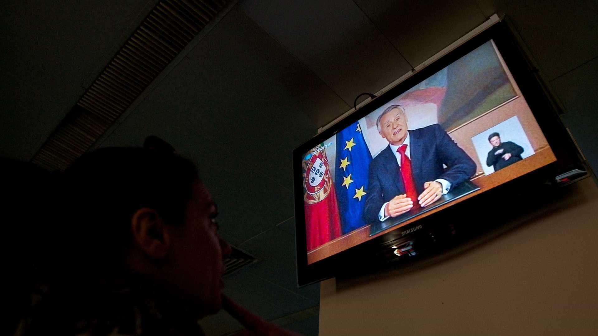 A televisão influencia sua opinião política?
