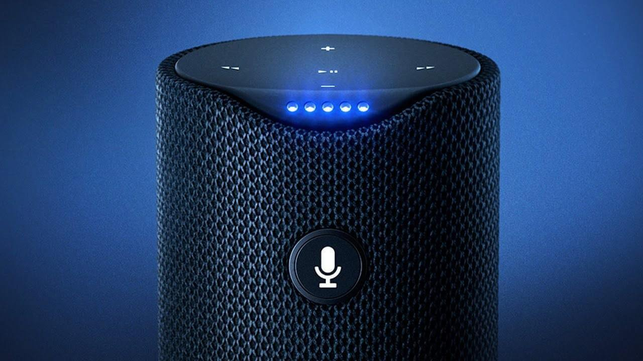amazon alexa is randomly creepily laughing at people eaf1