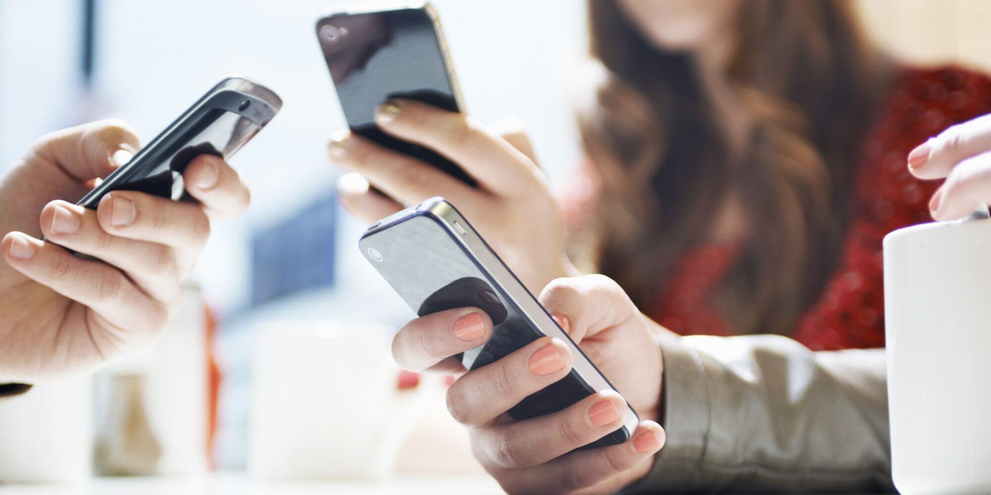 o SMARTPHONE facebook - Conheça as 5 categorias de aplicativos mais populares no Brasil