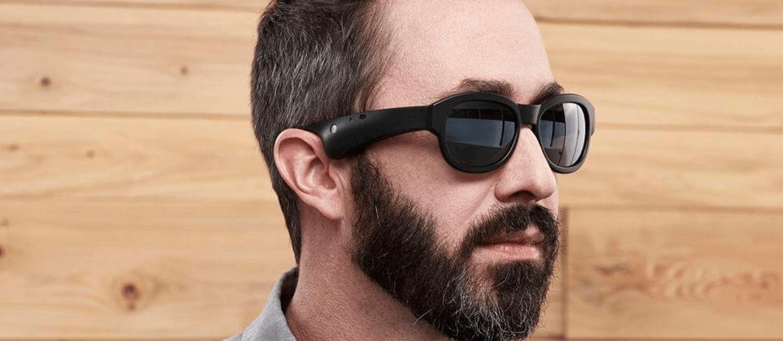 Óculos inteligentes permitem controlar a música com movimentos da cabeça 12