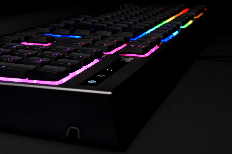 razer ornata chroma gallery 13 - Review: Razer Ornata Chroma é um teclado semi-mecânico que deveria ser de baixo custo