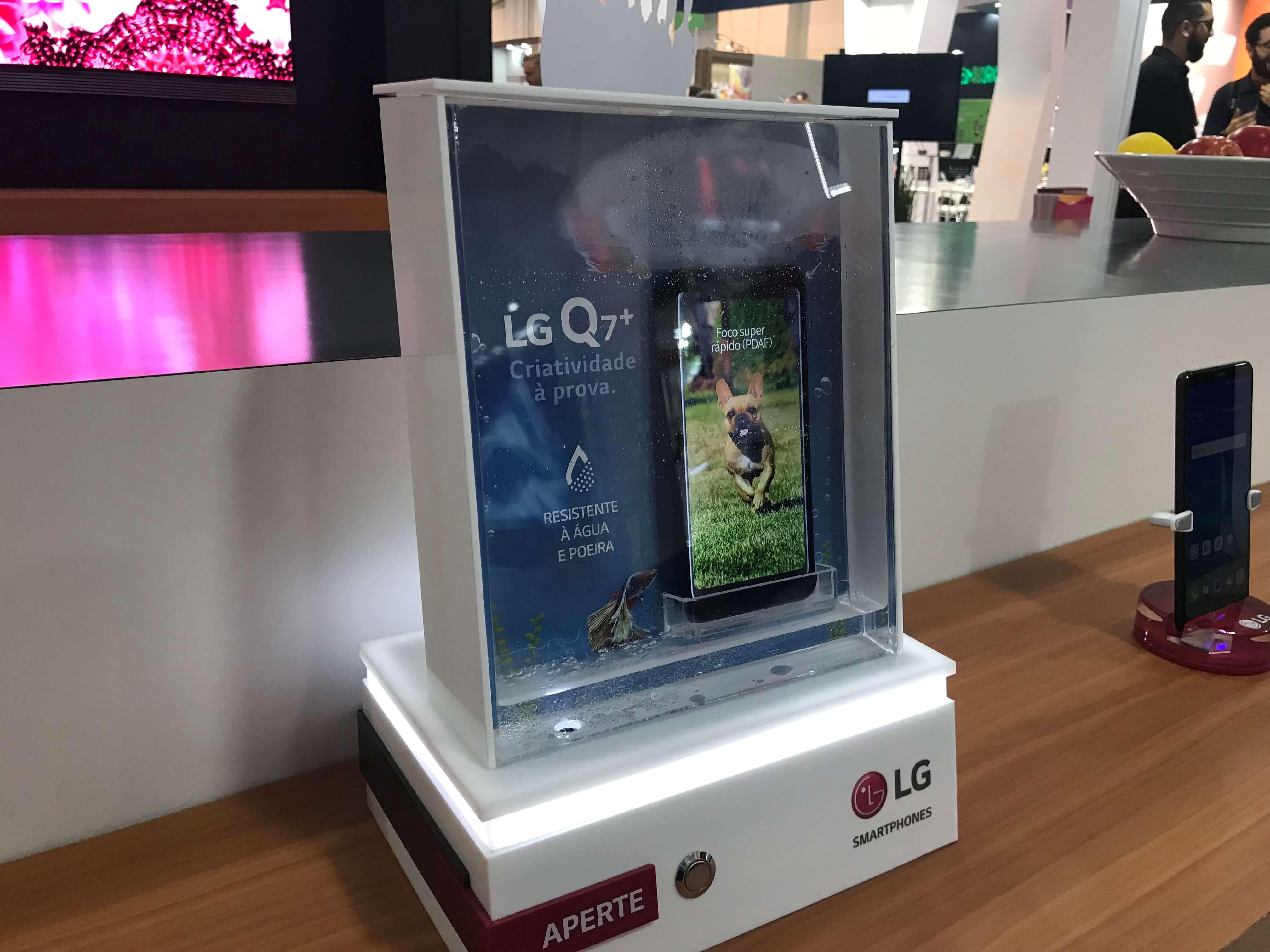 Linha LG Q - Showmetech