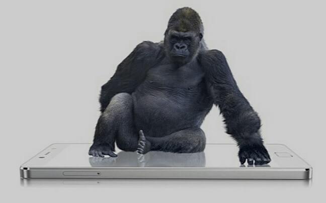 Corning revela gorilla glass 6 duas vezes mais resistente que o antecessor. O gorilla glass 6 sobreviveu a 15 quedas de até 1 metro de altura em superfície rígida, duas vezes a mais que o seu antecessor.