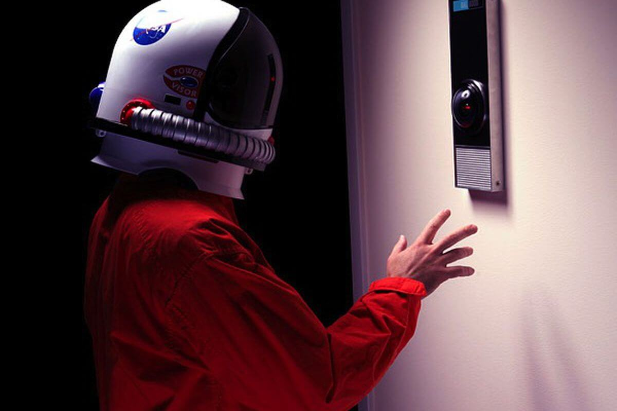 F29d hal 9000 life size replica prop inuse