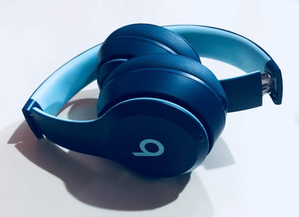 IMG 0437 990x717 - Review: Beats Solo3 Wireless, o fone bluetooth para todas as ocasiões