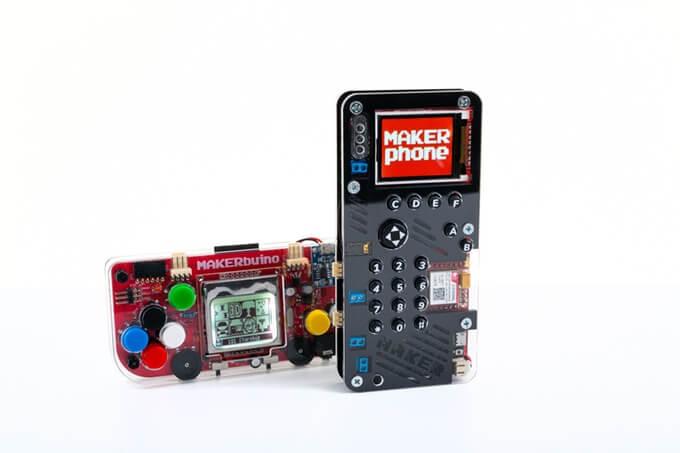 Imagem ilustrativas dos projetos makerbuino e makerphone, ambos originados da plataforma kickstarter