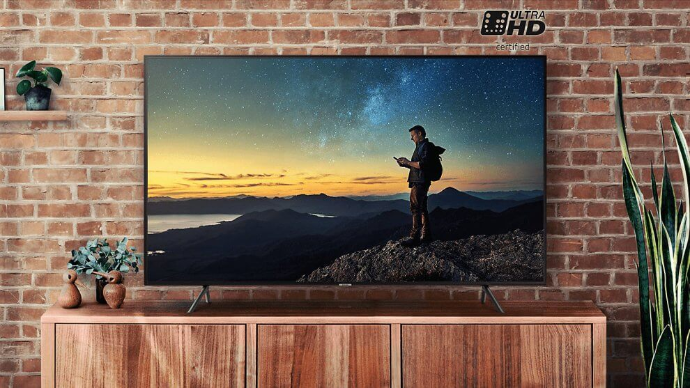 uk feature ue40nu7120kxxu uhd 4k smart tv nu7100 series 7 ukfrdeites 98973153 990x557 - Review: Smart TV 4K Samsung NU7100 oferece muito sem cobrar caro