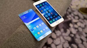 Samsung Galaxy Note 7 vs. Apple iPhone 6s Plus 300x168 - Como transferir o backup do WhatsApp do iPhone para Android