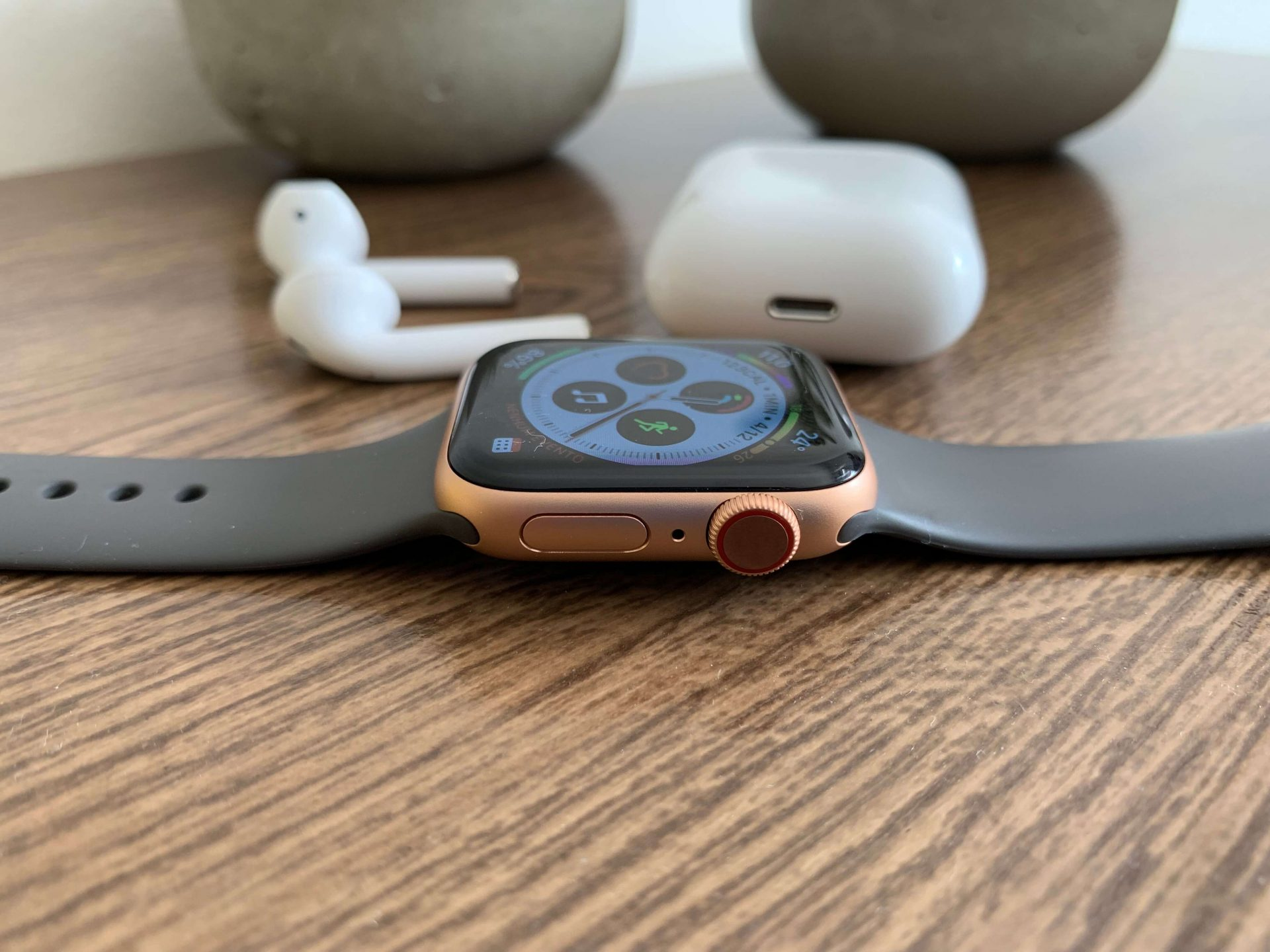 Review: Apple Watch Series 4 - Digital Crown