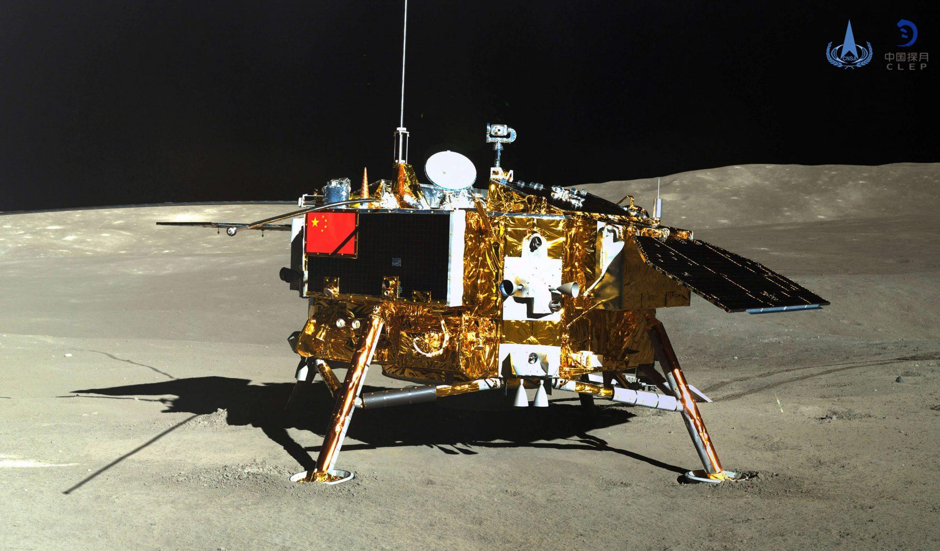 Sonda chinesa change 4 planta semente de algodão na lua 1