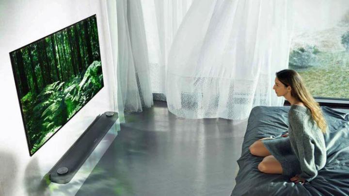 LG Signature TV OLED W8