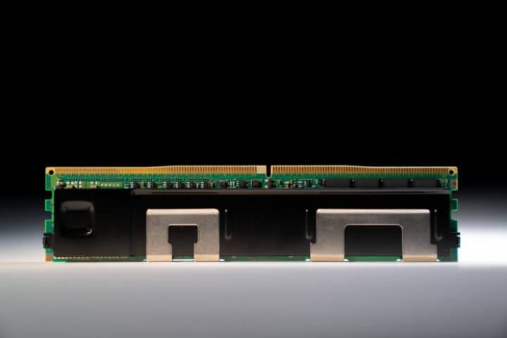 Intel optane dc persistent memory provides a new foundation for data center performance, delivering up to 36tb of system-level memory capacity when combined with traditional dram. Intel corporation on april 2, 2019, introduced a portfolio of data-centric tools to help its customers extract more value from their data. (credit: intel corporation)