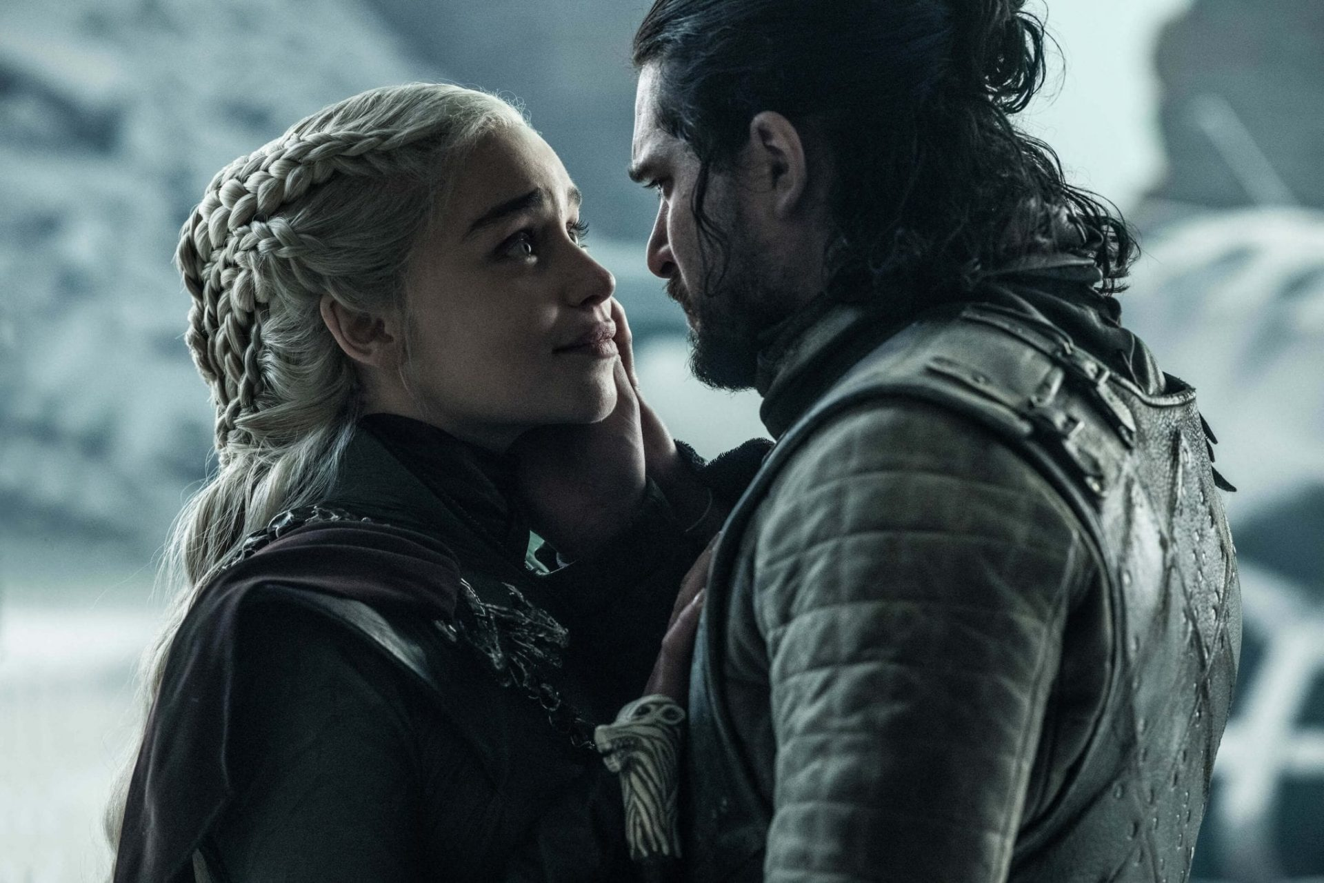 Daenerys e Jon Snow no último episódio de Game of Thrones.